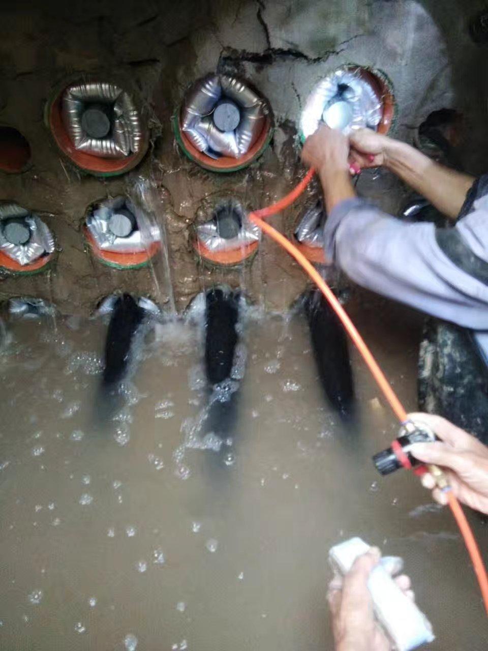 江苏国网某变电站电缆管道防水密封大整顿,从此焕然一新